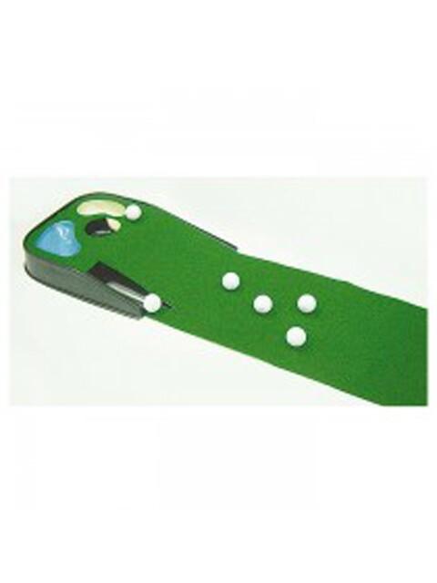 Golfers Club putting mat Hazards